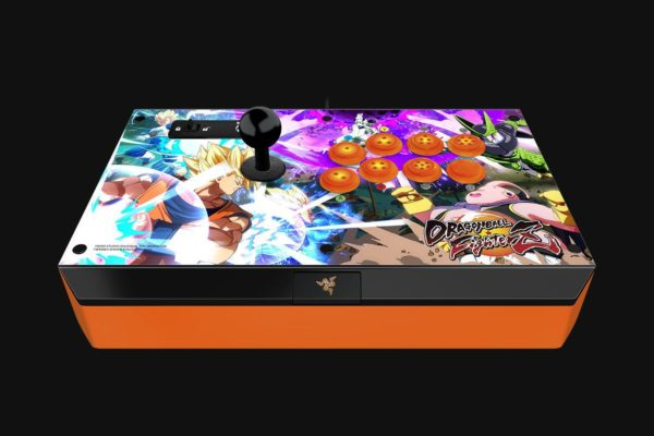 """Gaming Controller Razer Atrox Ball Fighter Edition stick for Xbox one ,, 10 tournament-grade Sanwa buttons, Authentic Sanwa joystick with ball top, """"RZ06-01150200-R3M1"""""""