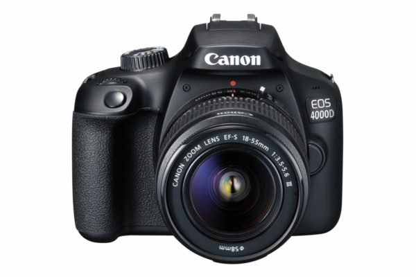 "Camera foto Canon kit EOS-4000D + EF-S 18-55mm DCIII, 18.7MP,2.7″ TFT fixed DIGIC 4+, 3 cadre / sec, ISO 100-6400,FullHD movies 30fps,compatibil SD/SDHC/SDXC,30-1/4000 sec,9 puncte de focus HDMI mini,USB,WI-FI ""3011C018AA"""